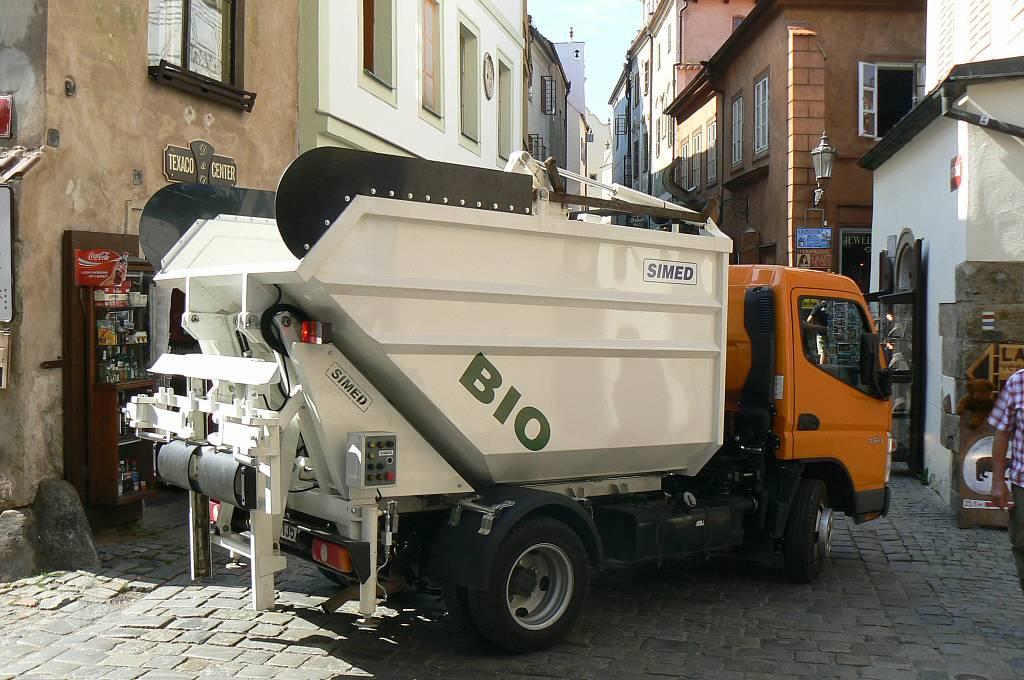 Śmieciarka bio-odpady